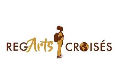 Logo pour le Vlog de voyage REGARTS CROISÉS